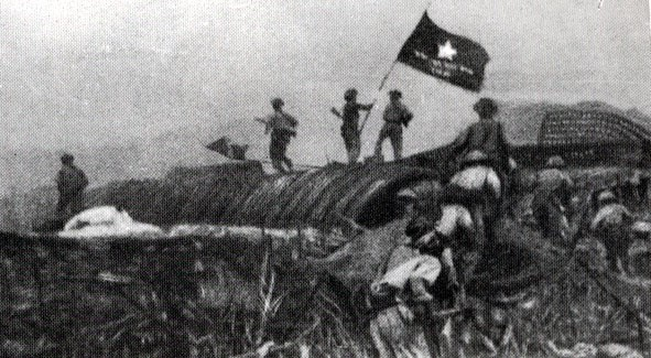 Câu 2 SGK Lịch sử 9 trang 127 chiến thắng Điện Biên Phủ