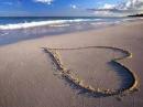 Phân tích đoạn thơ trong bài thơ Sóng của Xuân Quỳnh: Ở ngoài kia đại dương...Để ngàn năm còn vỗ .