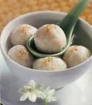 Phân tích bài thơ 'Bánh trôi nước' của Hồ Xuân Hương_bài 1