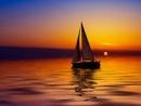 Phân tích nghệ thuật xây dựng tình huống truyện trong Chiếc thuyền ngoài xa - Ngữ Văn 12