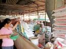 Hãy phân tích các nguồn thức ăn cho chăn nuôi ở nước ta.