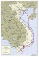 Dựa vào hình 30 (SGK trang 133), hãy kể tên một số đường biển của nước ta.