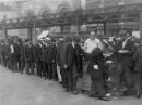 Cuộc khủng hoảng kinh tế 1929-1933 đã gây ra những hậu quả gì ?
