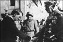 Trình bày ngắn gọn các giai đoạn phát triển của nước Đức giữa hai cuộc chiến tranh thế giới.