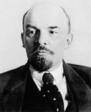 Vai trò của Lê-nin đối với phong trào công nhân Nga cuối thế kỉ XIX - đầu thế kỉ XX.