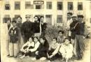 Các đảng viên cộng sản trong nhà tù của thực dân Pháp đã có thái độ như thế nào trước chính sách khủng bố tàn bạo của kẻ thù ?