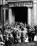 Cuộc khủng hoảng kinh tế thế giới  (1929 -1933) đã tác động đến tình hình kinh tế và xã hội Việt Nam ra sao ?