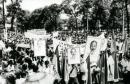 Sự lãnh đạo kịp thời, sáng tạo của Đảng Cộng sản Đông Dương và của lãnh tụ Hồ Chí Minh trong Cách mạng tháng Tám thể hiện ở những điểm nào ?
