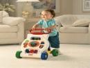 Lập dàn ý cho bài văn tả hoạt động của một em bé đang tuổi tập đi, tập nói