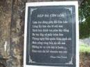 Em hãy phân tích bài thơ Đập đá ở Côn Lôn của Phan Châu Trinh