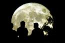 Chính tả Ngắm trăng, không đề