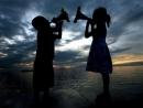 Về truyện ngắn Hai đứa trẻ của Thạch Lam - Ngữ Văn 12