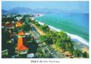 Hãy kể tên một số bãi biển nổi tiếng ở miền Trung mà em biết.