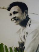 Phân tích những điểm giống nhau và khác nhau của hai nhân vật Việt và Chiến trong truyện ngắn Những đứa con trong gia đình của Nguyễn Thi