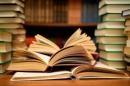 Suy ngẫm: Đọc sách là tìm đến một thế giới khác - Ngữ Văn 12