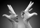 """Suy nghĩ về câu nói khi nhà triết học Hi Lạp Dê-nông nói với một người bẻm mép: """"Chúng ta có hai tai và một mồm để nghe nhiều hơn và nói ít hơn"""" - Ngữ Văn 12"""