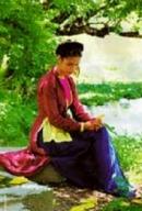 Hãy phân tích bài thơ Đọc Tiểu Thanh kí