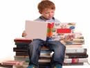 Cho câu chủ đề Đọc sách là công việc vô cùng bổ ích vì nó giúp ta hiểu biết thêm về đời sống. Em hãy viết một đoạn văn theo kiểu quy nạp