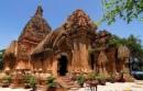 Thuyết minh về một di tích văn hóa cổ của đất nước: Tháp Chàm ở Phan Thiết.