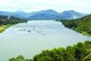 Cái tôi của Hoàng Phủ Ngọc Tường trong Ai đã đặt tên cho dòng sông - Ngữ Văn 12