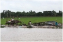 Để sử dụng hợp lí và cải tạo tự nhiên ở Đồng bằng sông Cửu Long, cần phải giải quyết những vấn đề chủ yếu nào? Tại sao?
