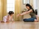 Hãy viết một đoạn văn tả hoạt động của bạn nhỏ hoặc em bé