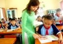 Em hãy tả hình dáng và tính tình của cô (thầy) giáo đã dạy em bài 2