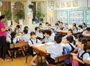 Em hãy thuật lại cuộc tranh luận giữa hai học sinh về việc học tập môn Quốc sử