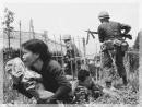 Phân tích nhân vật Việt trong truyện ngắn Những đứa con trong gia đình