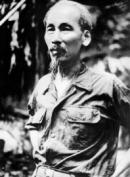 Đọc Nhật ký trong tù của Hồ Chí Minh, anh (chị) suy nghĩ gì về nghị lực của con người - Ngữ Văn 12