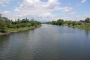 Tả cảnh một dòng sông, một cánh đồng, một cảnh hữu tình của quê hương