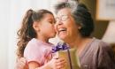 Hãy tả về hình ảnh người bà yêu quý của em