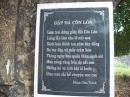 """Phân tích bài thơ """"Đập đá ở Côn Lôn """" của Phan Châu Trinh"""