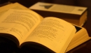 Soạn bài Tiếng nói của văn nghệ trang 12 SGK Văn 9