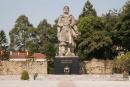 Việc vua Quang Trung cho mở cửa biên giới với nhà Thanh và mở cửa biển của nước ta có lợi gì ?