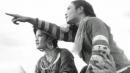 """""""Vợ chồng A Phủ"""" của Tô Hoài và """"Vợ nhặt"""" của Kim Lân là hai truyện ngắn đều viết về số phận và vẻ đẹp tâm hồn của người lao động. Em hãy phân tích hai truyện ngắn trên trong mối quan hệ đối sánh để nêu bật đặc sắc riêng của từng tác phẩm."""