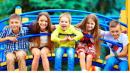 Viết một đoạn văn trình bày suy nghĩ của em về quyền và trách nhiệm của trẻ em