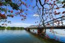 Tổng hợp 5 cách mở bài cho tác phẩm Ai đã đặt tên cho dòng sông?