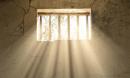 Tổng hợp 5 cách mở bài cho tác phẩm Tâm tư trong tù