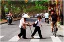 Viết đoạn văn nghị luận về văn hóa giao thông của người Việt